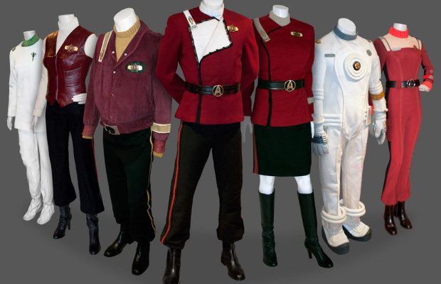 Star Trek Into Darkness Updates Federation Fashion by Returning to the u002760s & Star Trek Into Darkness Updates Federation Fashion by Returning to ...