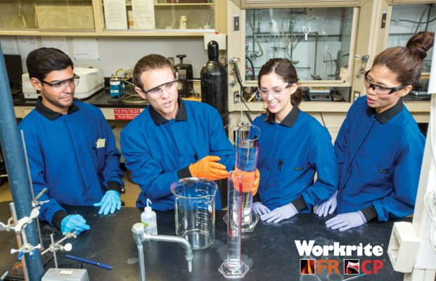 Workrite_FR-CP_Lab_Coat_Lifestyle_Photo